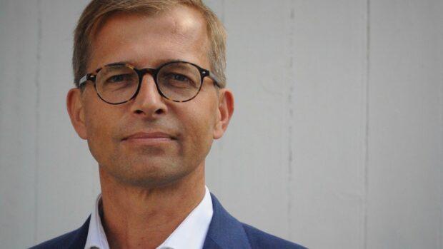 Bjarke Møller i BOGAKTUEL: Jeg bilder mig ikke ind, at man kan slippe for frygten. Problemet er, når den får overtaget i hjertet af demokratiet