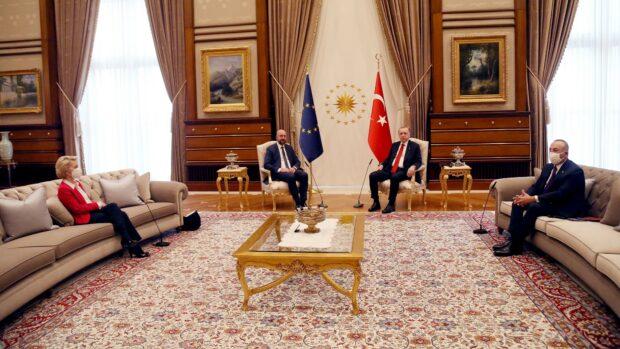 Mustafa Kemal Topal: Erdoğan undertrykker de tyrkiske kvinder og kurdere for EU's penge. Det skal stoppe