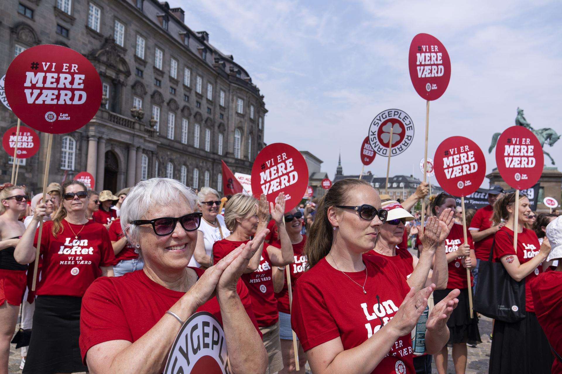 Christopher Arzrouni: De strejkende sygeplejersker burde genoverveje deres lønstrategi, for de er selv skyld i deres problemer