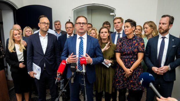 Michael Kristiansen om dansk politik nu (del 1): Man fornemmer en statsminister, der vil begynde at sige, at hun er grøn, før hun er rød